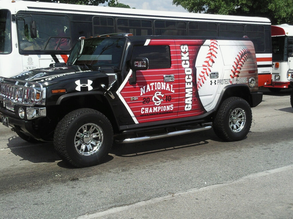 College Baseball Twitter Pics
