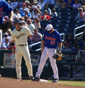 Monday College World Series Rundown